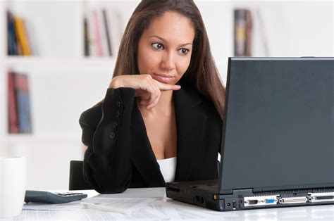 Reduce Eye Strain During Those Hours In Front Of The