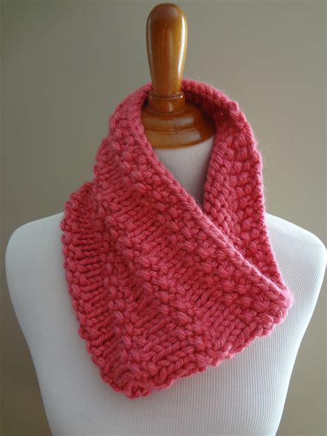 Fiber Flux Free Knitting Pattern Bubblegum Cowl