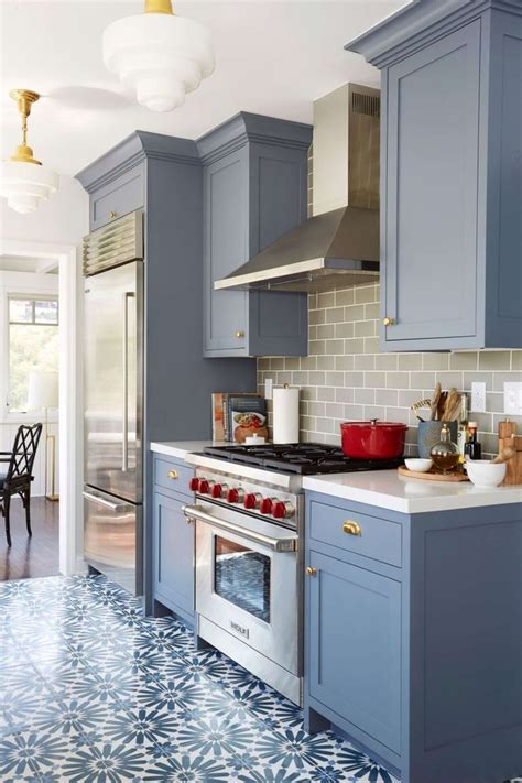 photos of painted kitchen cabinets best 25 color kitchen cabinets ideas only on