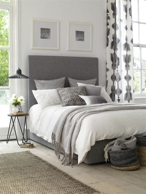 decor ideas for bedroom creative ways to decorate your bedroom this autumn