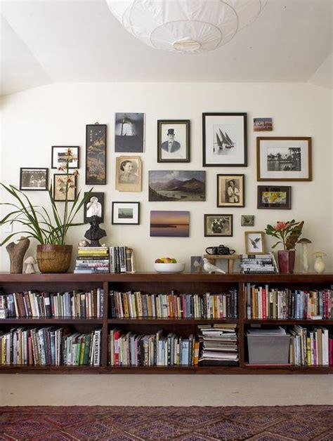 wall bookshelve 25 best ideas about bookshelves on