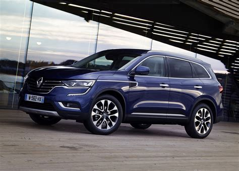 Renault Suv by Renault Koleos Suv Driving Parkers