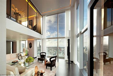 Cheap One Bedroom Apartments In Chicago the luxury penthouses perched on the 36th floor of london