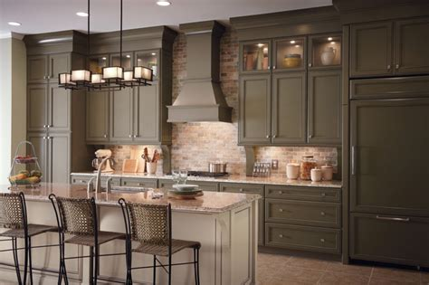 kitchen cabinet images classic traditional kitchen cabinets style traditional