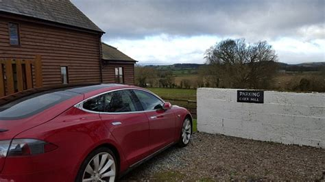 Tesla Car Distance by Can A Tesla Model S Get To Wales And Back We Test It