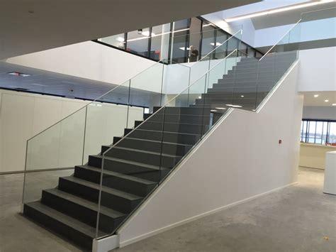 garde corps escalier sabco belgique 171 sadev architectural glass systems fixations pour le verre