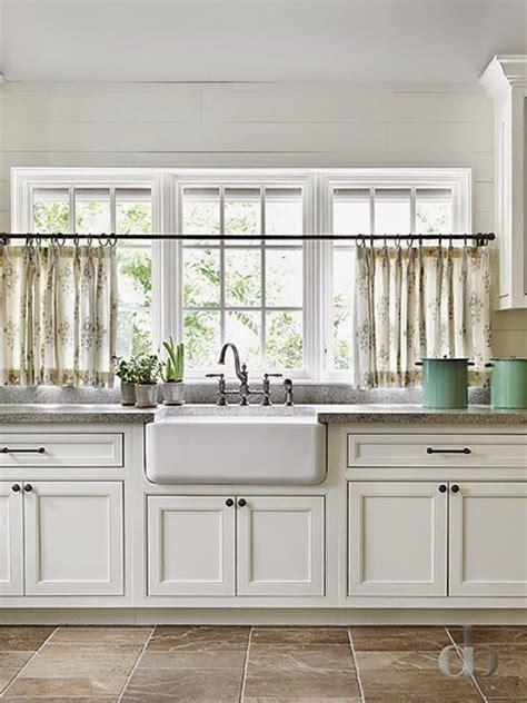kitchen cafe curtains ideas 1000 ideas about kitchen window curtains on