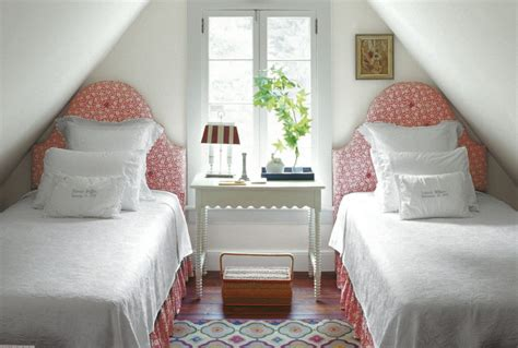 how to decorate small bedroom the best arrangement of small bedroom interior decorating