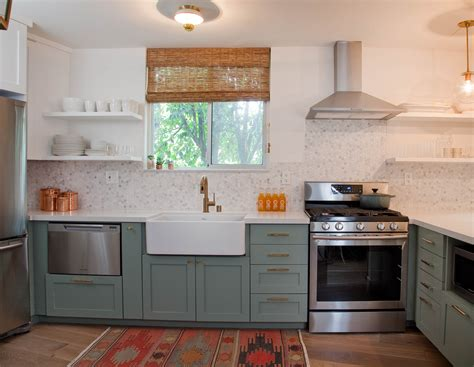 how to refurbish kitchen cabinets diy refurbished kitchen cabinets inspirative cabinet