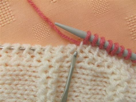how to increase in knitting how to increase and decrease evenly across a row the