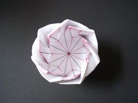 40 Wonderful Origami Architecture Patterns Bored