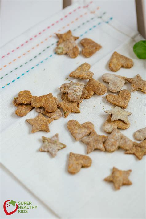 crackers for toddlers cheesy crackers recipe alternative to goldfish