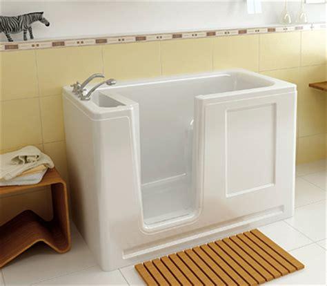 que des accessoires de salle de bains tr 232 s design avec saniconfort baignoire et pour