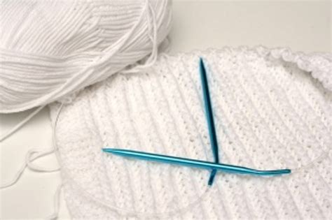 how to knit with one needle circular knitting needles