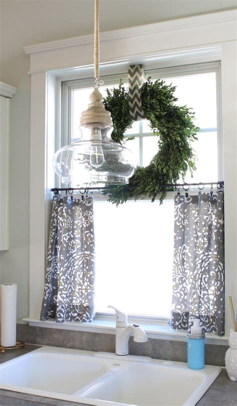 bathroom curtains for windows ideas 25 best ideas about small window curtains on