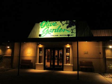 mmmmmm soup and rolls for dinner picture of olive garden eatontown tripadvisor