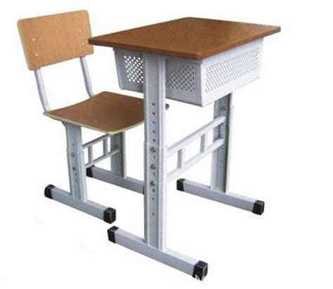 Wooden School Desk Chair by Wooden Student Desk Chair Modern School Desk And Chair