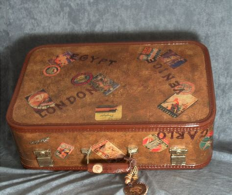 decoupage vintage suitcase decoupage paper an crafts newsletter september 2006