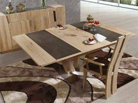 table 224 manger carr 233 e en bois massif flower avec pied centrale et plateau c 233 ramique meubles