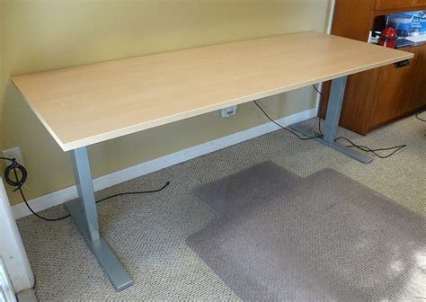 uplift standing desk uplift height adjustable standing desk review the gadgeteer