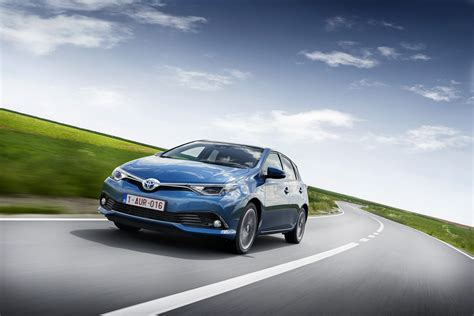 Wallpaper Car Toyota by Wallpaper Toyota Auris Hatchback Hybrid Blue Cars