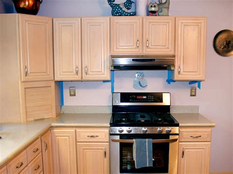 spray painting laminate cabinets spray painting kitchen cabinets pictures ideas from