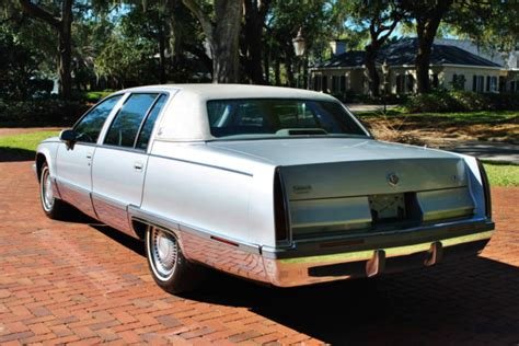 books on how cars work 1993 cadillac fleetwood user handbook 1993 cadillac fleetwood 68 269 original miles absolutely stunning drives new for sale