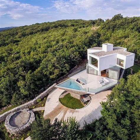 hilltop house plans spectacular summer house on a hilltop modern house designs