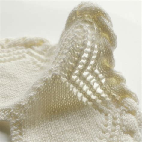 how to knit a mitered corner corner how to for cable and lace edging pattern duchess