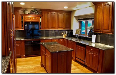 what color to paint kitchen cabinets with black appliances how to coordinate paint color with kitchen colors with