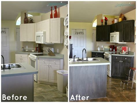 chalk paint kitchen cabinets before and after revolutionaries chalk paint kitchen cabinets s