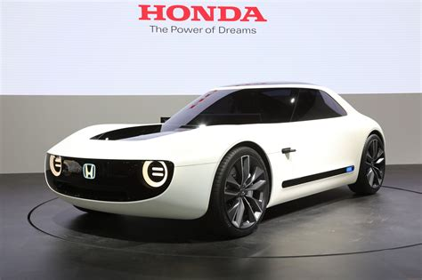 Sports Car Concept by Honda Shows Electric Sports Car Automated Commuter Pod In