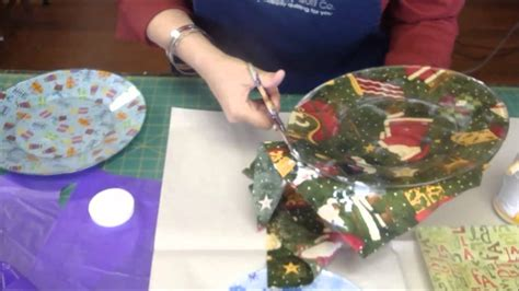what paper can you use for decoupage make fabric plates using mod podge