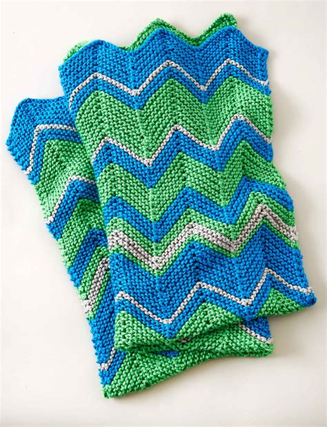 zigzag knitting pattern blanket bernat zig zag blanket knit pattern yarnspirations