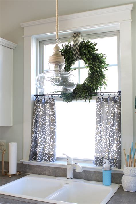 curtain ideas for kitchen windows no sew cafe curtains day 22 simple stylings