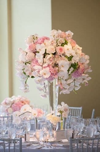 centerpieces with flowers 25 best ideas about pink flower centerpieces on