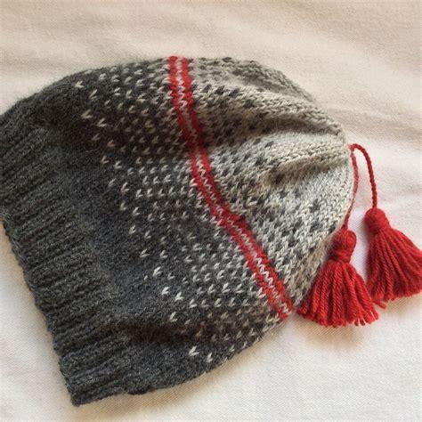 revelry knitting ravelry keredding s easy ombre slouch hat knitting