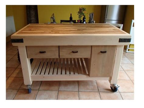 how to build a movable kitchen island best 25 moveable kitchen island ideas on