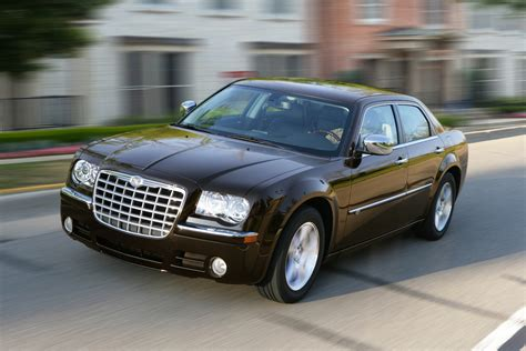 Chrysler 300c 2010 by 2010 Chrysler 300c Is Large Car With Big Style New On