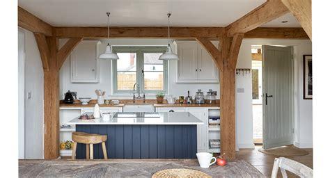 cottage kitchens trending kitchen designs in 2016 cottage kitchens