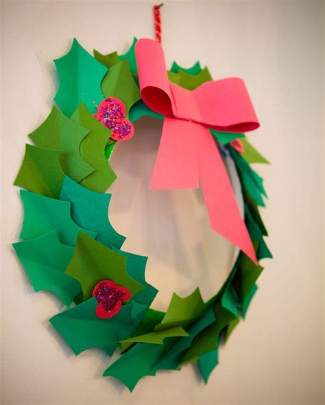 paper plate wreath crafts paper wreath paper plates