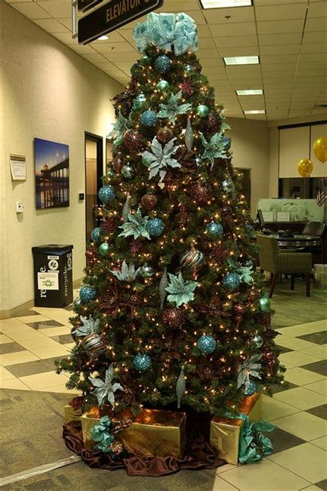 brown decorated tree 25 best ideas about brown decorations on