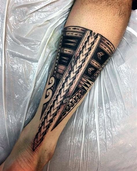 40 cool polynesian tattoo designs for men bored art
