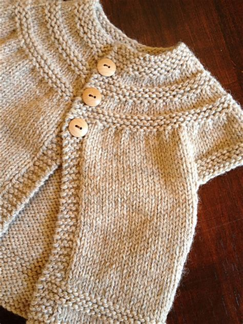 baby sweater knitting patterns in help finding beginner baby sweater pattern knitting