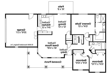 houses and floor plans bungalow house plans strathmore 30 638 associated designs