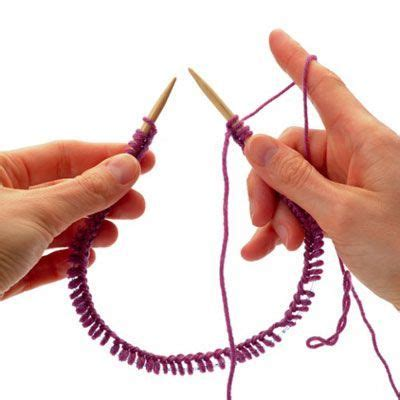 how to join yarn in knitting on circular needles 1000 ideas about yarn dreads on faux locs