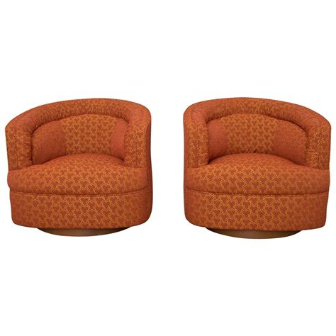 club chairs swivel milo baughman style swivel club chairs at 1stdibs
