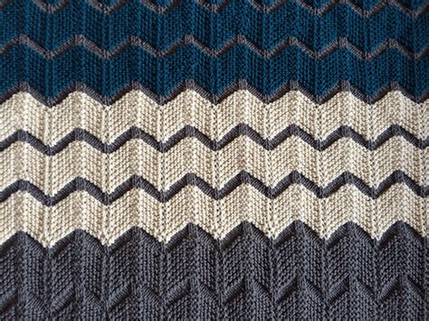 zigzag knitting pattern blanket 4 zig zag chevron baby blanket knitting patterns sizzle