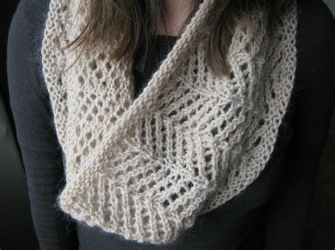easy lace cowl knitting pattern cowl by littletheorem craftsy