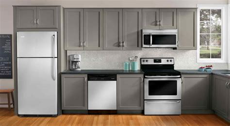 Kitchen Ideas With White Appliances by Small White Kitchens With White Appliances Datenlabor Info